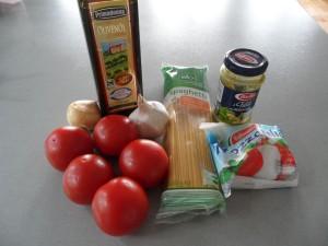 Spaghetti mit Tomaten und Mozzarella-Soße Zutaten
